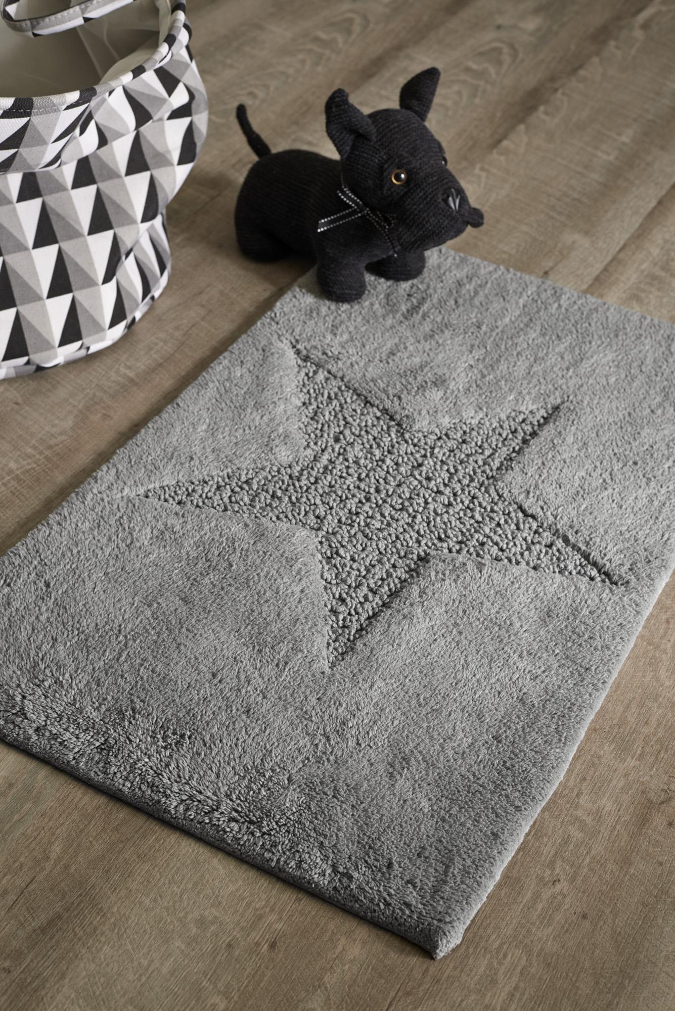 Alfombra de color gris, comodidad en tu hogar